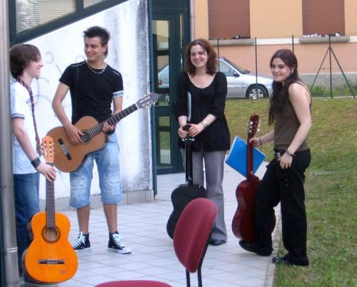 Ragazzi e chitarra